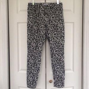 LOFT Modern Skinny Size 4/27 Snow Leopard Jeans